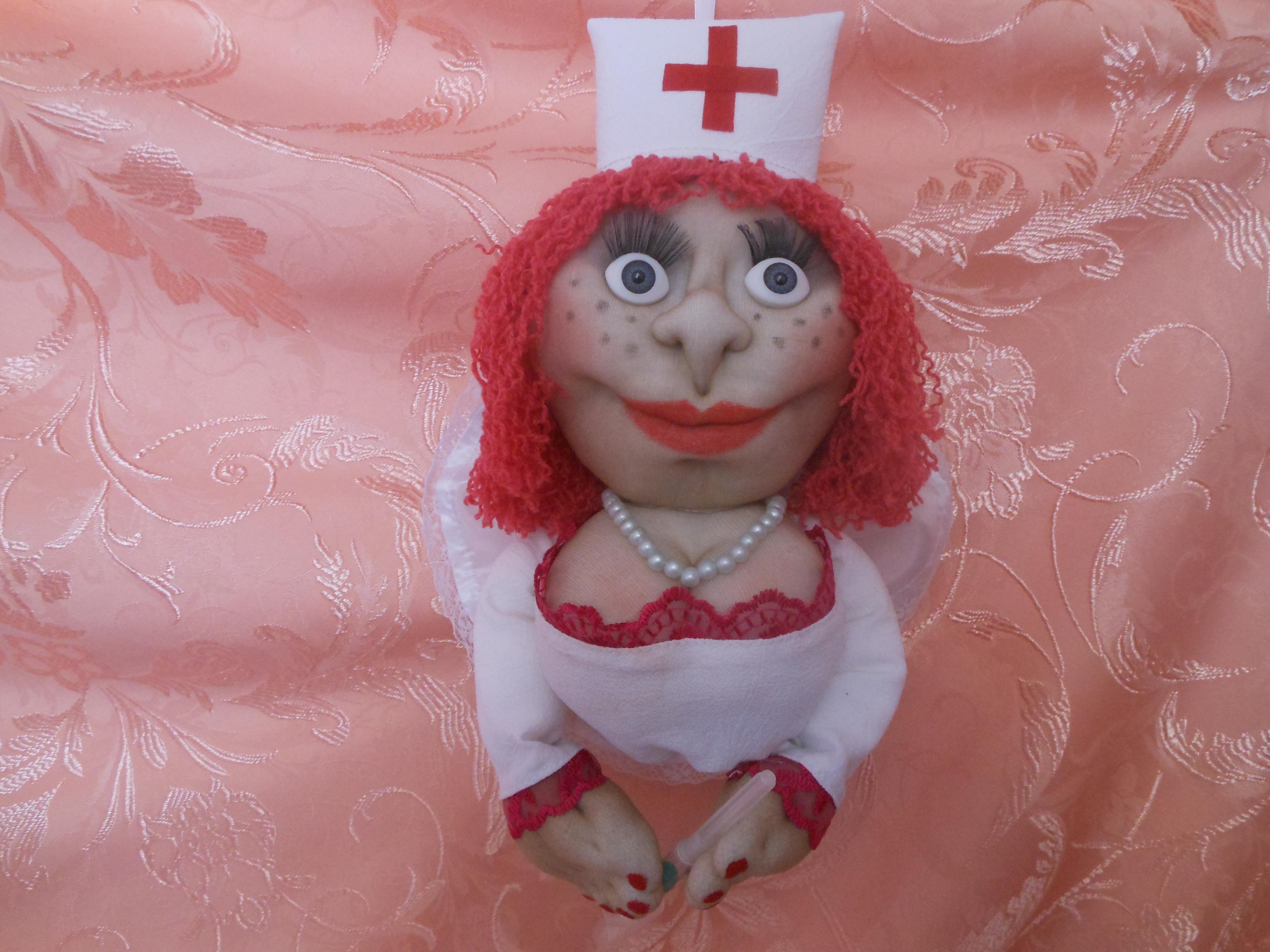 Кукла медсестра из капрона
